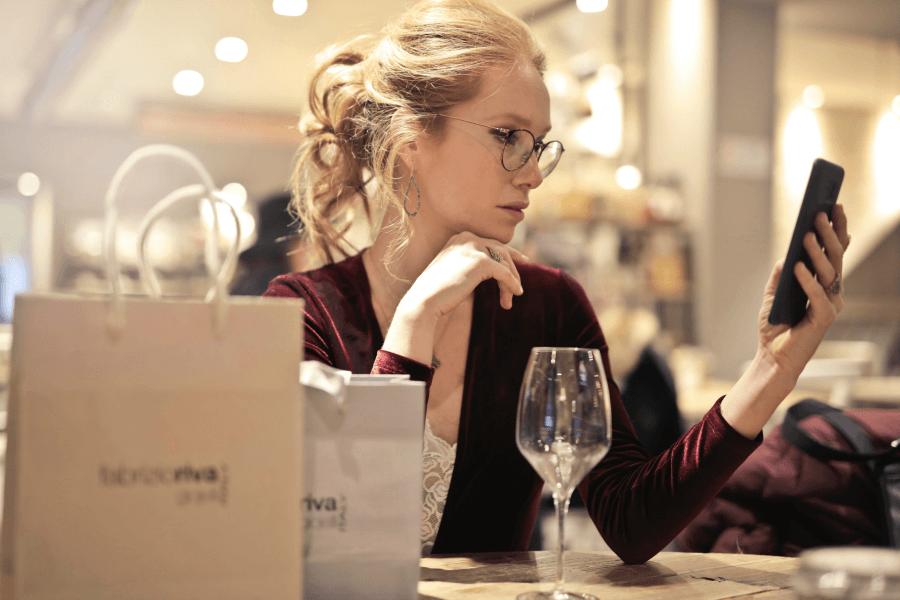 Osta viiniä älykkäästi näiden 5 hämmästyttävän sovelluksen avulla!